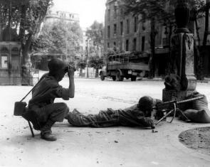 Soldati francesi a Marsiglia durate la liberazione della città (25 agosto 1944) Credits: Rue des Archives /RDA /Tips Images