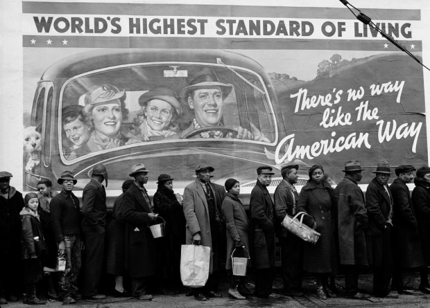 Margaret Bourke White -  At the time of the Louisville Flood, Louisville, Kentucky (1937)